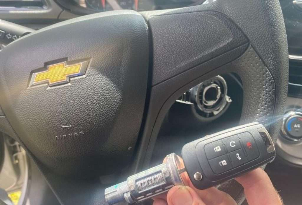 Car Locksmith Locksmith For Chevy Car Key Fob Replacement